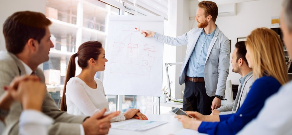 Follow these significant leadership qualities to become a leader